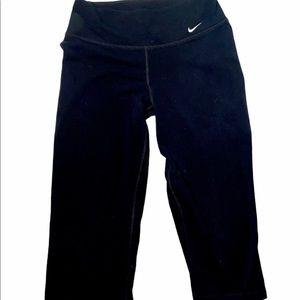 Nike Dri Fit Capri Yoga Pant Black Size Small
